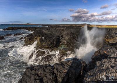 Brimketill Troll Pool - South West │ Iceland Landscape Photogr