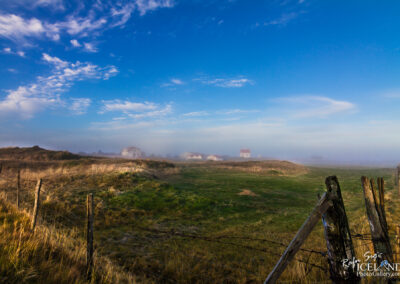 Farm houses in the morning fog - South West │ Iceland Landscap