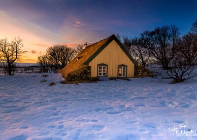 Hofskirkja Turf Church in Öræfi - South │ Iceland Landscape