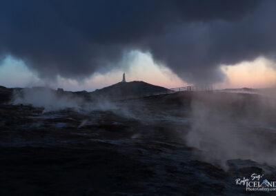 Northern lights at Reykjanesviti │ Iceland
