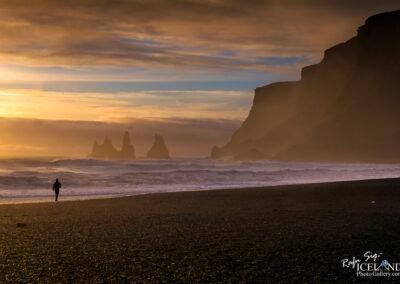 Reynisdrangar basalt sea stacks - South │ Iceland Landscape P