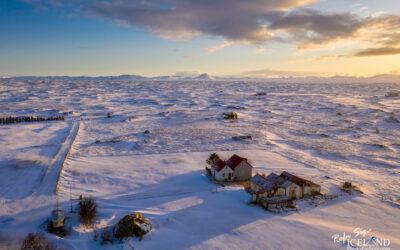 Bakki farmhouse at Vatnsleysuströnd - South West │ Iceland La