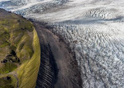 Drangaklettur in Öræfajökull Glacier │ Iceland Landscape fr