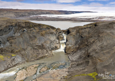 Farið river and the waterfalls Nýifoss / Leynifoss │ Icela