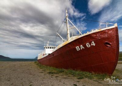 Garðar BA-64 abandoned ship - Westfjords │ Iceland Landscape
