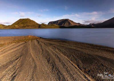 Kýlingavatn Lake with Mountain Litlikýlingur in Fjallabak