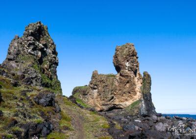 Lóndrangar rock pinnacles - West │ Iceland Landscape Photogra