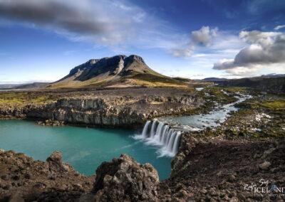 Mountain Búrfell and waterfall Þjófafoss - South │ Iceland