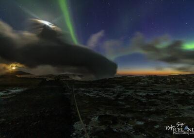 Northern lights at Gunnuhver │ Iceland