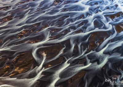 Núpsvötn river Patterns in black sand │ Iceland Landscape fr