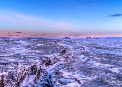 Reykjanes Ridge or the Mid-Atlantic Ridge (MAR) │ Iceland Land