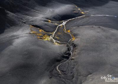Riverbed in the highlands of Vatnajökull Glacier │ Iceland La