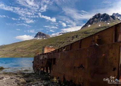 Shipwreck in Mjóifjörður – Eastfjords │ Iceland Landscape