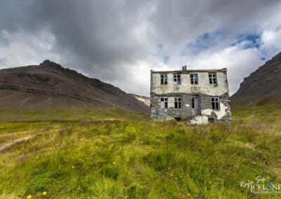 Stapadalur abandoned farm - Westfjords │ Iceland Landscape Pho