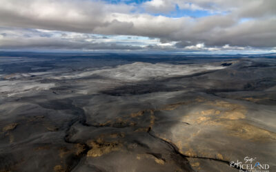 Óseyrartangi Black Beach in wintertime │ Iceland Landscape Fr