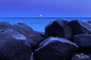Blue Hour in Vogar – Iceland Landscape Photogaraphy