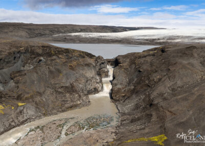 Farið is a river in Iceland's southwester highlands and runs