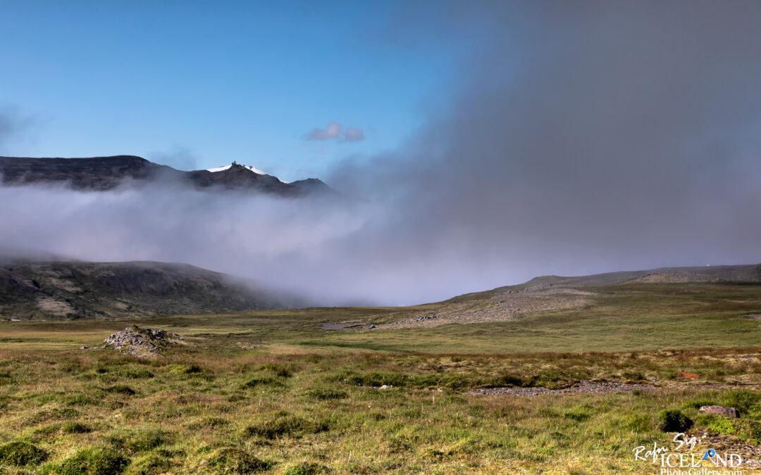 Hafnarfjall Mountain – Iceland Photo Gallery